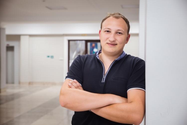 Вітаємо Єрмакова Олега Євгеновича з присудженням стипендії аспіранта від IEEE Photonics Society